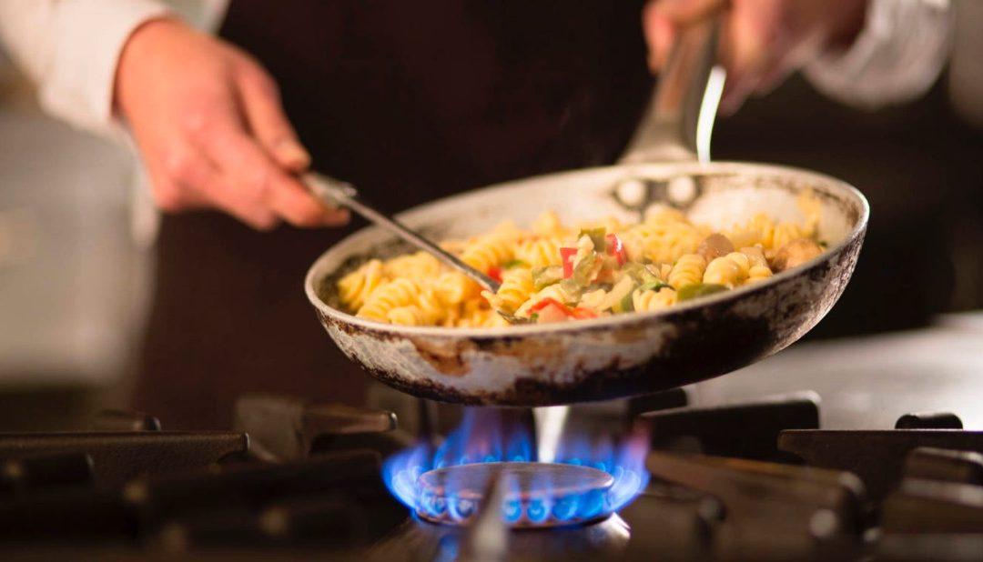 Se busca cocinero/a para cursos de verano en Boiro
